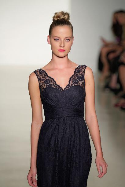 Los expertos en moda recomiendan llevarlo en forma de aplicaciones o com...