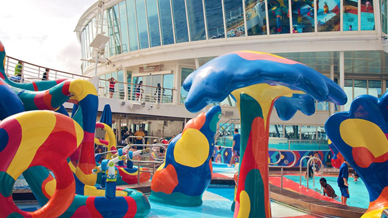 images_article-images_5-reasons-to-consider-a-cruise-vacation-for-your-f...