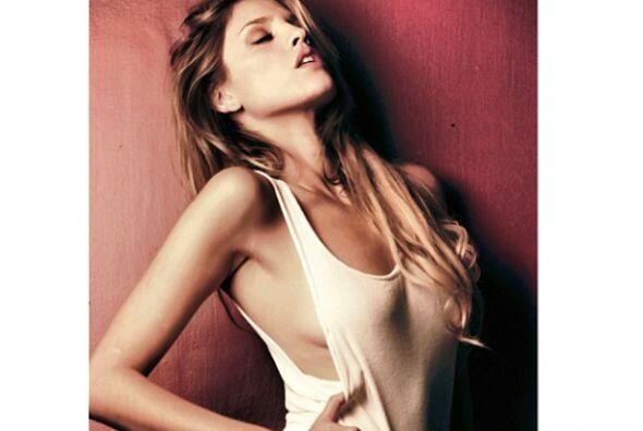 La hermosa Eiza González consintió a sus seguidores con esta sexy imagen...