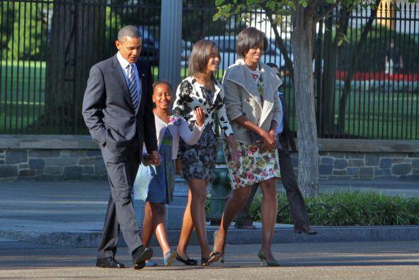 El presidente Barack Obama acudió el domingo a un servicio religi...