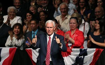 Mike Pence en el acto de Trump sobre el vínculo Cuba y Estados Un...