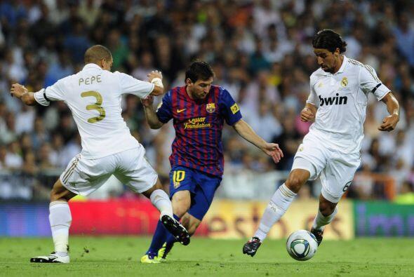 Pero después de un arranque con dudas, el Barcelona, con poco juego, rea...