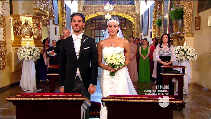 Lucía y Marcelo en el final de 'El color de la pasión' 35958BA98B744DFBA...