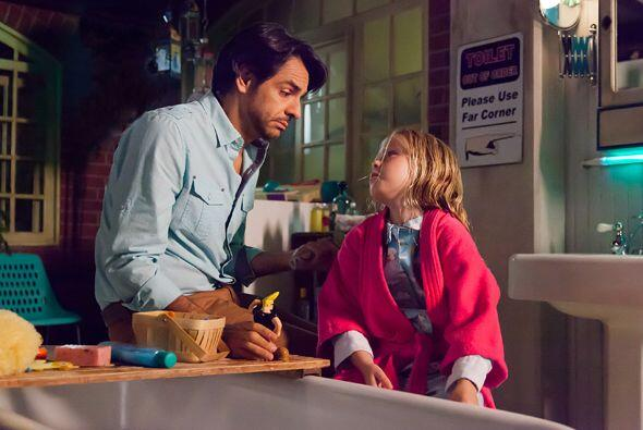 "Eugenio Derbez en ""Instructions not Included""."