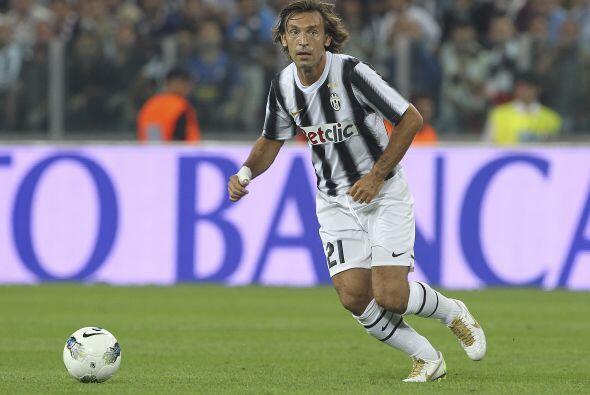 Andrea Pirlo jugó un 'derby' más en su historia, pero esta vez con la pl...