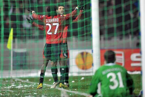 El Lille ganó al Slavia de Praga y también aseguró su clasificación.
