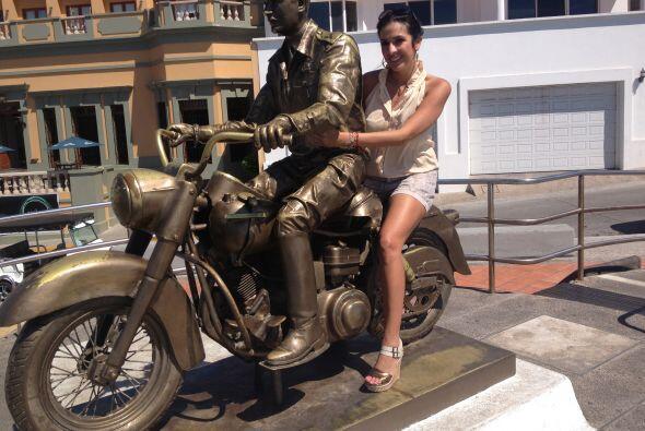 Maity se subió a esta moto junto al gran ídolo de México, Pedro Infante.