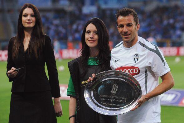 A los italianos les gusta la comida, por eso Alessandro Del Piero le die...