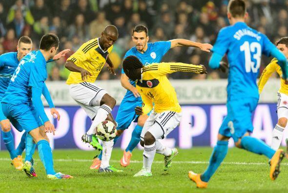 Por su parte, Colombia cerró el año al derrotar 1-0 a Eslovenia.