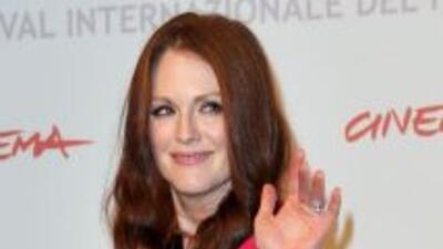 La actriz celebrará 50 años posando muy atrevida para el calendario Pire...