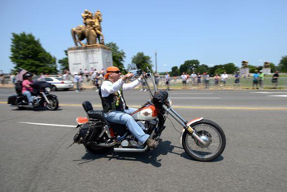 Durante el recorrido se pueden ver todo tipo de motocicletas, aunque las...