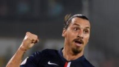 Ibrahimovic comandó al Paris Saint-Germain a ganar su cuarta Supercopa c...