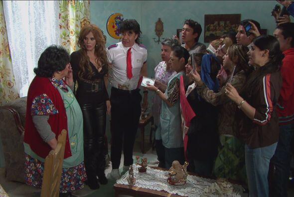 Los vecinos del Vítor se enteraron que Lucía estaba en la colonia y no d...