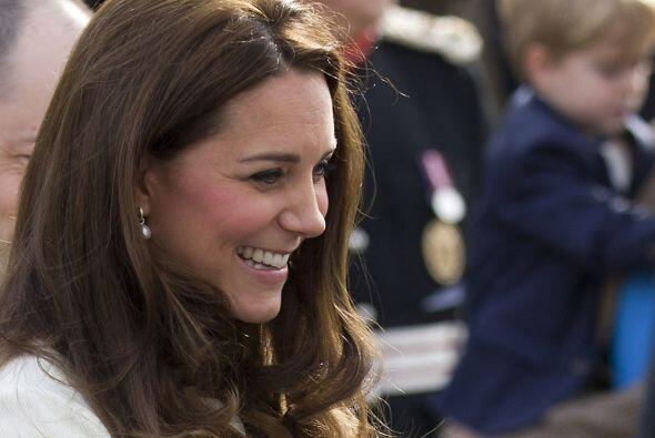 ¿Por qué está tan sonriente Kate Middleton?