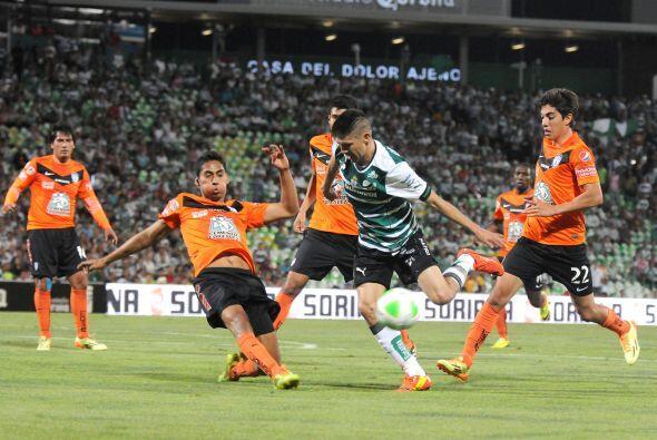 Hugo Rodríguez (5): A diferencia del partido de ida, en este no pudo con...