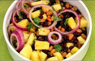 Otra receta rica en leguminosas es la elaborada con frijoles y pi&ntilde...