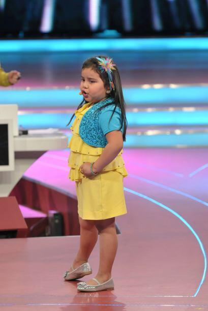 Así que la pequeñita interpretó una canción con su gran voz.