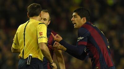 Investigan presiones a árbitro asistente del Real Madrid-Barcelona