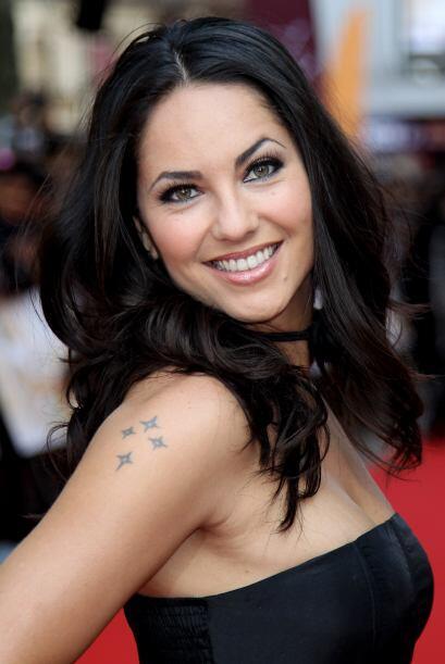 Bárbara Mori tiene una sonrisa super sexy. Mira aquí lo último en chismes.