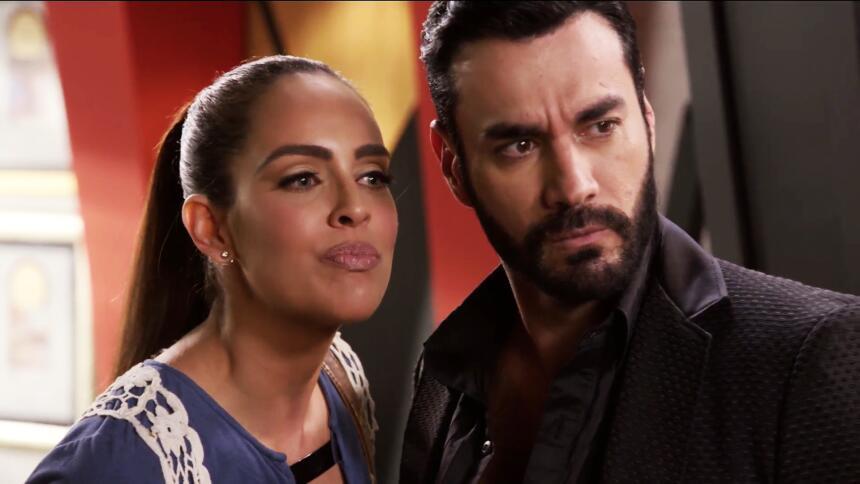 Sara Corrales se convirtió en la terrible y bella enemiga de Ariadne Díaz