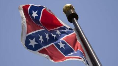 Retiran bandera confederada en Alabama