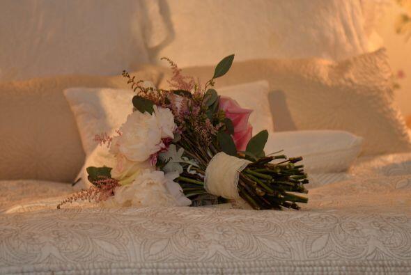 El ramo de la novia era muy bello.