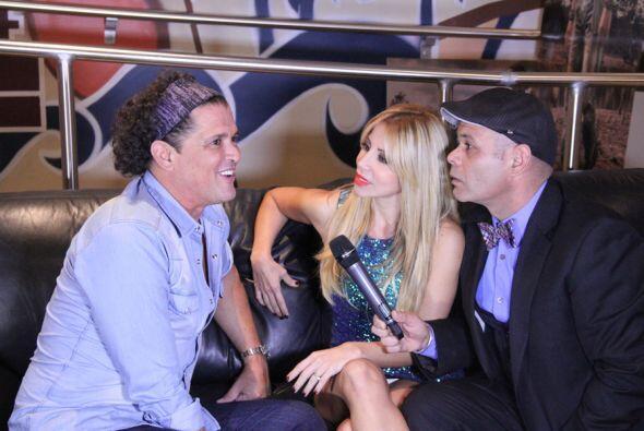 Jose y Roxy entrevistaron a Carlos antes del concierto.