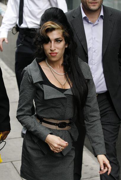 Amy fue encontrada muerta en su apartamento londinense el 23 de julio de...