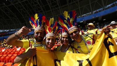 La unidad del fútbol entre los fanáticos de Colombia y Japón en el Mundial de Rusia 2018