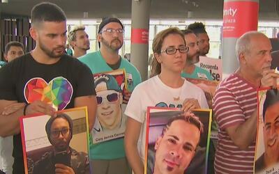 Familiares de algunas víctimas de la masacre de Pulse se unieron en un e...