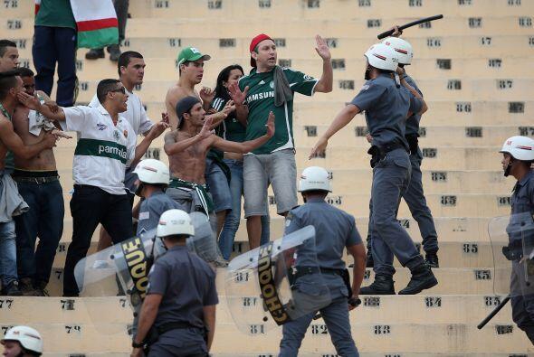 Los grandes estadios brasileños se llenan solo al 38% de su capacidad, s...