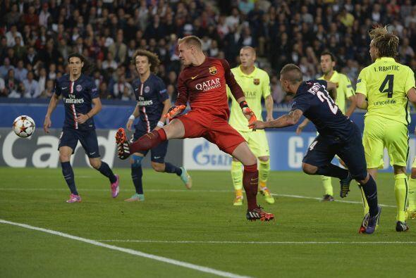 Al minuto 26, Verrati marcó el segundo para el PSG.