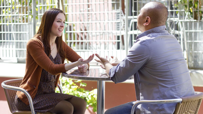 Conversación Hombre y Mujer