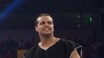 El luchador puertorriqueño, actual campeón de parejas de la WWE junto a...