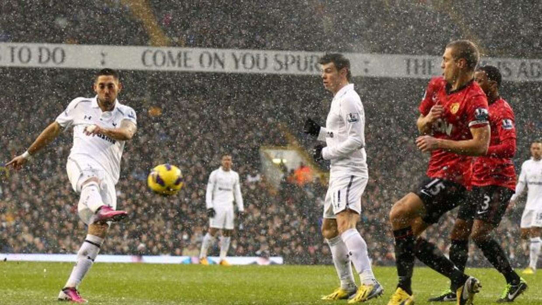 Al minuto 92, con sólo un minuto más de compensación por delante, Dempse...