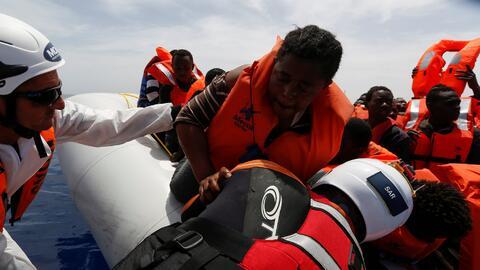 Náufragos rescatados frente a la costa de Libia