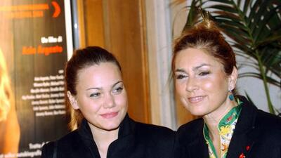 Romina Power (D) junto a su hija Romina Jr.