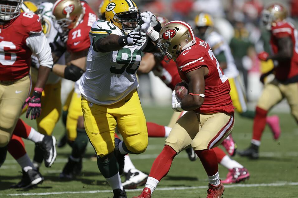 Los Green Bay Packers derrotaron 17-3 a los San Francisco 49ers mantenie...