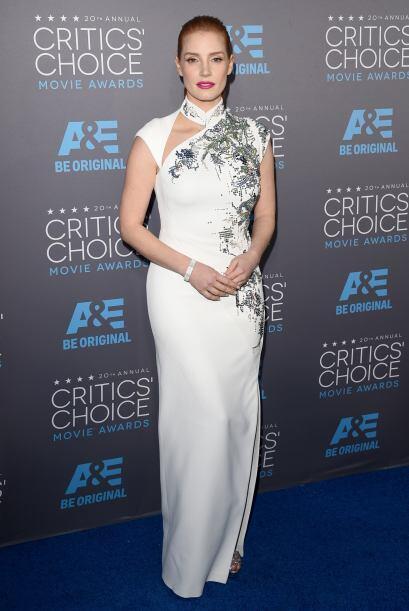 Súper sexy Jessica Chastain, un ejemplo de cómo vestir para una alfombra...