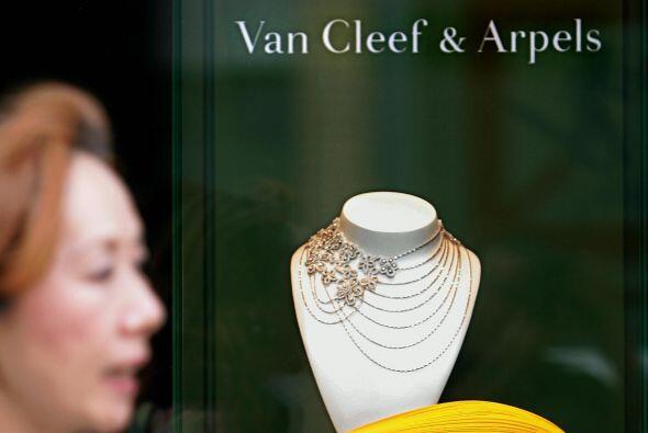 Los expertos en joyería también prefieren a Van Cleef & Arpels, Bouchero...