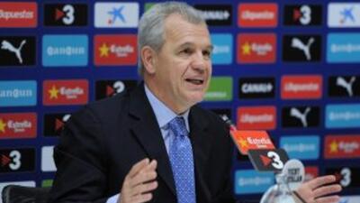 El entrenador mexicano habló de la poca inversión de clubes como Espanyo...