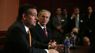 Ted Cruz y Greg Abbott