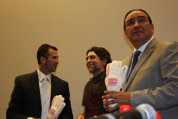 También estuvo presente Pablo Salazar Mendiguchía, ex gobe...