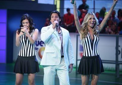 Este trio será el que verás durante los cinco shows del Juego de Oro.