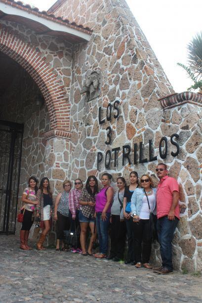 Radioescuchas y su viaje a México al rancho de Vicente Fernández