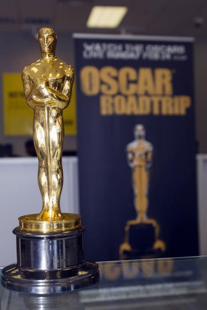 La preciada estatuilla de los premios Oscar está de gira por primera vez...