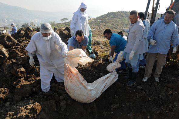 Los cadáveres se recogieron en diferentes escenas del crimen pero no fue...