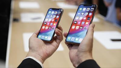 Apple lanza una nueva generación de iPhones: más grandes y más caros