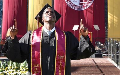 Gyasi Zardes cumplió otro sueño en su vida al graduarse de...