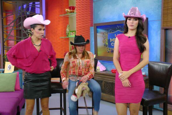 Ana también tuvo competencia, Cynthia también llevó su caballo.